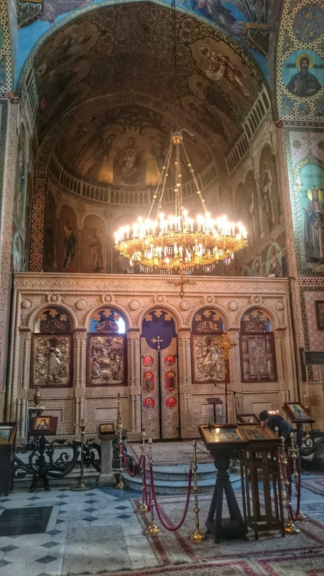 Inside of Kashveti church