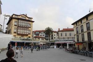Comillas square