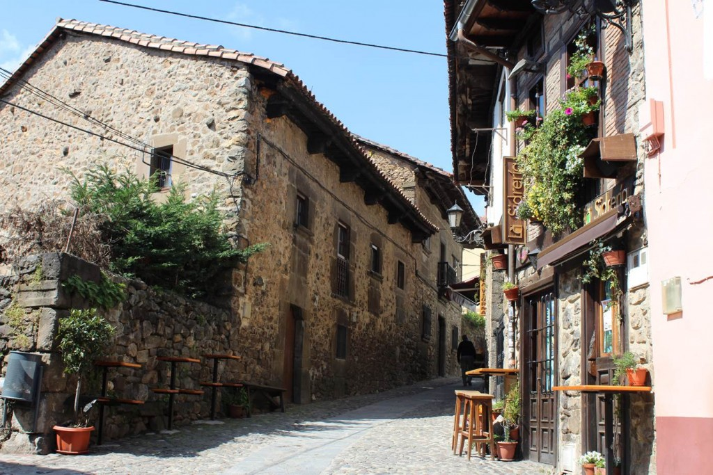 Streets of Potes